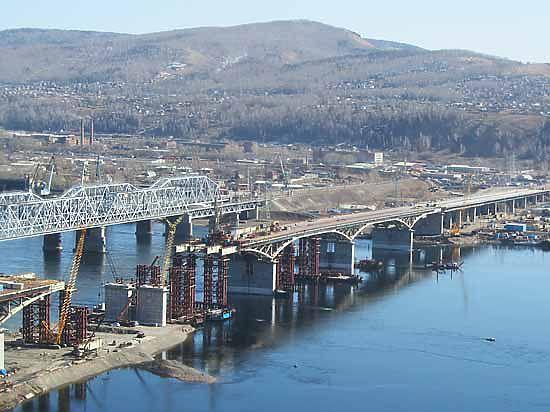 Осенью четвёртый мост соединит