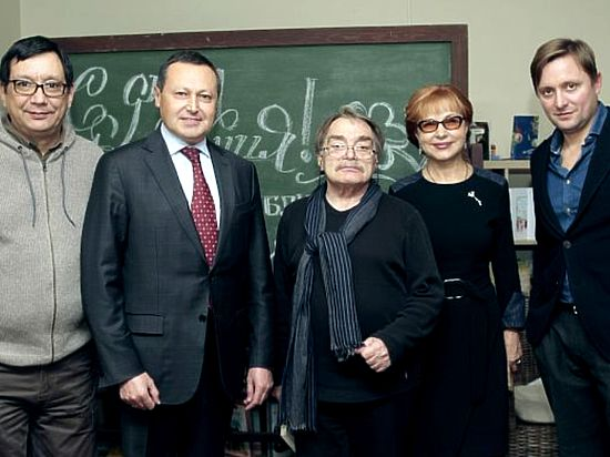 ВКрасноярск наюбилей детской библиотеки приехали члены семьи Сергея Михалкова