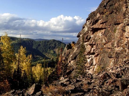Одна из вершин красноярских скал – Китайка