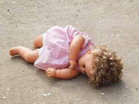 Укрепила демографию: В Архангельске молодая мать убила новорожденную дочь от внебрачной связи